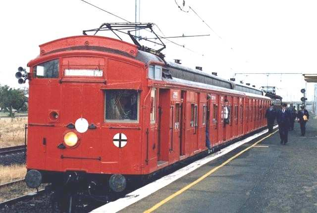 red rattler train 1980's melbourne